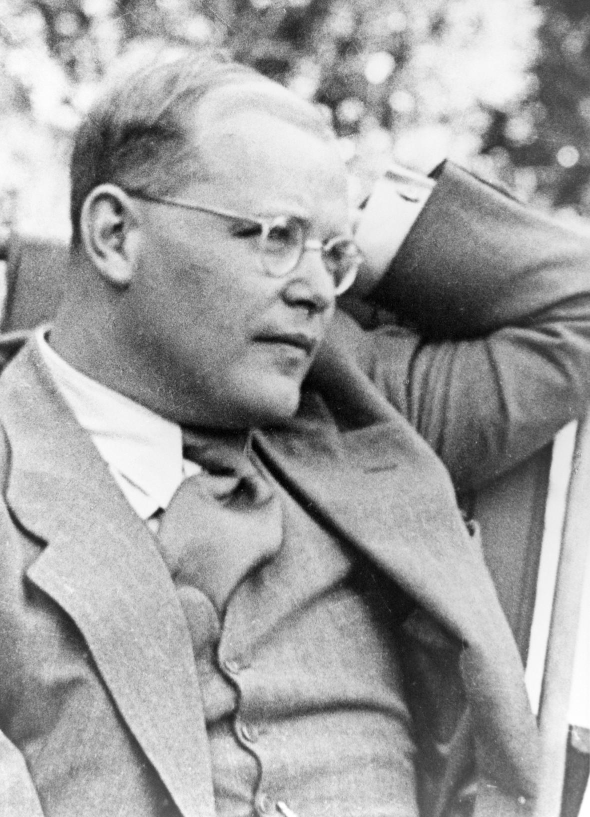 DIETRICH THE THEOLOGIAN - The Dietrich Bonhoeffer Institute